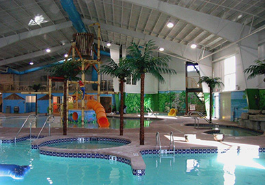 Howard Johnson Water Park Pool